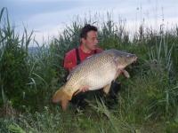 Pepík Verner s krásným šupináčem 98cm a váhou 19,8kg