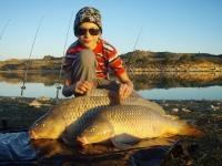 Adam se svými úlovky krásných šupináču Ebro říjen 010