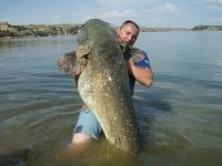 Michal pokořil Jirkův rekord týdne sumec 228cm 82kg neskutečné monstrum