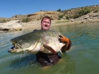 Ladik se svou první rybou na Ebru 207 cm na vábničku průvodcoval Neča