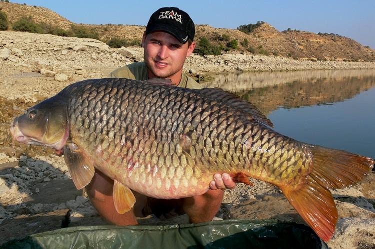 Ondřej Sádlík  - Rybolov sumců na Ebru, průvodci, rybářské pobyty, rybaření